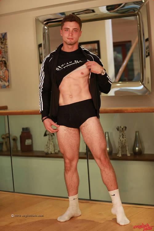 straight jock Matteo Romano in gay porn